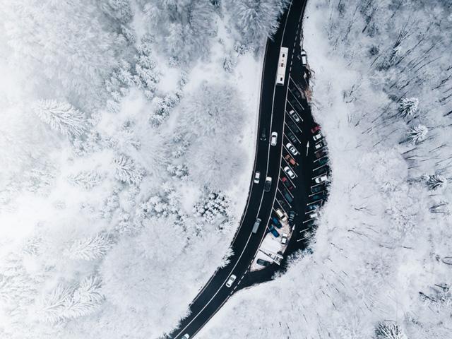 SNOWLESS<br>ロードヒーティングシステム スライダー画像1